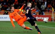 Bị cựu danh thủ Hà Lan chê bai, đội trưởng Tây Ban Nha đáp trả
