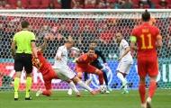 Dolberg lập cú đúp, tiễn Bale và đồng đội rời EURO 2020
