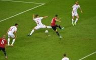 Patrik Schick đã đuổi kịp Cristiano Ronaldo