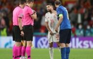 Chiellini đánh yêu Alba ngay trước loạt sút penalty