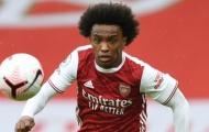 Trở lại thi đấu, CĐV Arsenal choáng váng bởi 1 cái tên
