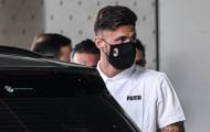 Giroud xuất hiện tại Italia, chuẩn bị ra mắt AC Milan
