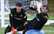 Tân binh Chelsea ra sân tập luyện cùng các đồng đội mới