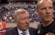 Nhìn lại lần duy nhất Sir Alex dẫn dắt Dennis Bergkamp