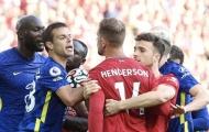 Gây hấn với sao Chelsea, thủ quân Liverpool bị chỉ trích
