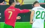 3 điều có thể bỏ lỡ trận BĐN 2-1 Ireland: Ronaldo bực tức tát đối thủ; Đẳng cấp siêu sao