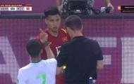 Đội trưởng Ả Rập có hành vi khiếm nhã với Văn Thanh, trọng tài ở đâu?