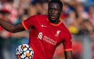 """Tân binh của Liverpool được ca ngợi là """"hậu vệ hàng đầu"""""""