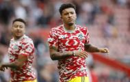 CĐV Man Utd: 'Sancho phải nhận hình phạt khủng khiếp đó'