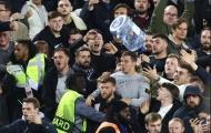 Bạo lực bùng phát sau bàn thắng mở tỷ số của Declan Rice