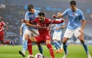 Chris Sutton so sánh hàng công Liverpool và Man City