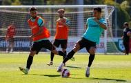 Ronaldo và Fernandes đối đầu nhau trên sân tập Bồ Đào Nha