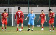 ĐT Việt Nam chia tay 2 cầu thủ trước trận gặp Oman