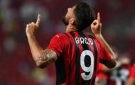 Giroud ca ngợi Ibrahimovic, nói về thần tượng Shevchenko