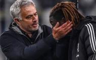 Thua 0-1, Mourinho tiết lộ điều nghe được từ phòng thay đồ Juve
