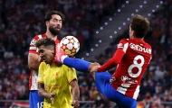 Con trai nhận thẻ đỏ, cha Griezmann bức xúc với Ibrahimovic