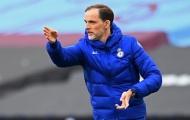 Chris Sutton phản bác Paul Scholes về cơ hội vô địch của Chelsea