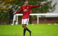 XONG! Ghi 14 bàn/13 trận, Man Utd 'thưởng lớn' cho cựu thần đồng Man City