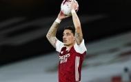 Đại gia theo đuổi 'cơn lốc đường biên', Arsenal mừng thầm