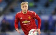 Thay vì Man Utd, Van der Vaart chỉ ra CLB phù hợp hơn với De Beek