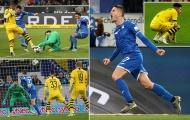 'Công cùn, thủ dở', Dortmund thua ngược là đúng