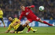 Hậu vệ toả sáng, Dortmund thoát thua phút 90+3