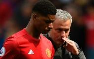 Nhìn Man Utd kiếm pen cực giỏi, Mourinho chỉ còn biết trách mình