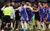 Xô xát quyết liệt, Chelsea đứng trước án phạt nặng từ FA?
