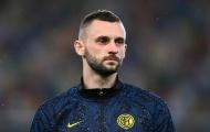 Liverpool muốn sở hữu miễn phí cỗ máy đánh chặn của Inter