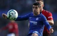 Willian và Hazard bị tố không muốn chuyền cho Morata