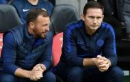 Chế giễu Mourinho, trợ lý của Lampard nhận cảnh báo nghiêm túc từ Chelsea