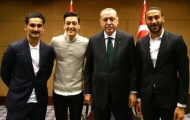 Đội tuyển Đức chỉ trích Ozil, Gundogan vì chụp ảnh với tổng thống Thổ Nhĩ Kỳ