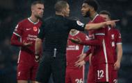 Joe Gomez 'biếu' penalty, đội trưởng Liverpool phản ứng thế nào?