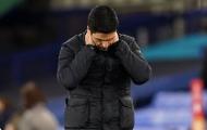 Không phải Ozil, Arsenal cần luồng gió mới từ 'tiểu Bergkamp' và 'họng pháo' 19 tuổi