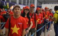 Fan xếp hàng dài ở sân bay sang Indonesia 'tiếp lửa' U23 Việt Nam tranh huy chương đồng