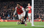 May mắn mỉm cười, Arsenal nhọc nhằn tiến vào vòng 4 FA Cup