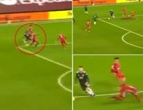 Luke Shaw quá dữ dội, khiến cầu thủ Liverpool hay nhất ngã chổng vó