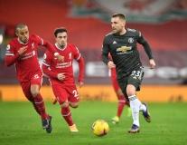 Liverpool cất 6 trụ cột, 'run rẩy' hành quân đến sân Old Trafford?
