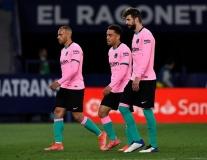 Chấm điểm Barca trận Levante: Hàng thủ 'đá bay' hy vọng vô địch