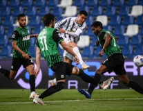 Ronaldo nổ súng, Juventus vẫn chưa thể vào Top 4