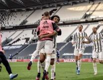 Kịch tính hạ nhà ĐKVĐ với 10 người, Juventus chen chân vào top 4