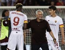 Hàng thải Chelsea ghi siêu phẩm giúp đội bóng của Mourinho toàn thắng