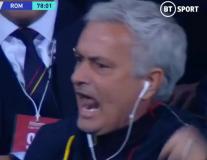 Mourinho phản ứng bất ngờ với bàn thắng đưa Roma vào top 4