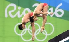 Trung Quốc thống trị nội dung nhảy cầu 10 m đôi nam Olympic