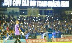 AFC tước quyền đá sân nhà của 2 đội bóng Việt Nam