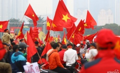'Chảo lửa' Mỹ Đình rực đỏ, sẵn sàng cùng thầy trò HLV Park Hang-seo nâng Cup vô địch