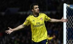 CHÍNH THỨC! Sau Ozil, Arsenal hủy hợp đồng với cái tên tiếp theo