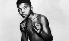 Những hình đáng nhớ trong cuộc đời và sự nghiệp Muhammad Ali
