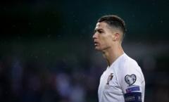 Bị CĐV đối thủ dùng Messi chọc tức, Ronaldo lập tức phản pháo cực gắt