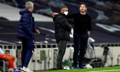 Frank Lampard: 'Ông ấy nói với trọng tài còn nhiều hơn với các cầu thủ'